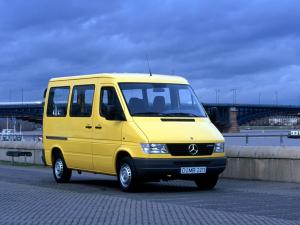 Mercedes-Benz Sprinter 1995 года